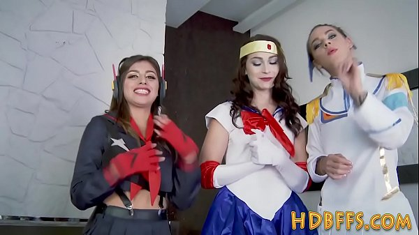 Cosplay, Teen party