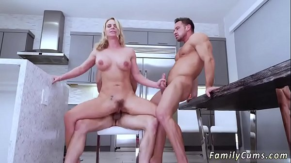 Daughter, Pregnant fuck, Mom fucks, On phone