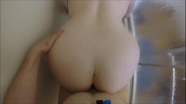 Step sister, Shower sex