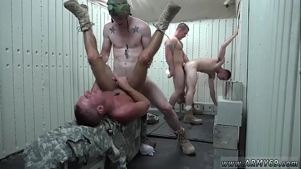 Nude, Military