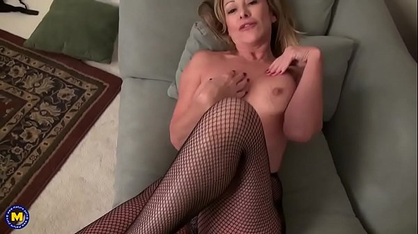 Sexy mature, Mature mothers