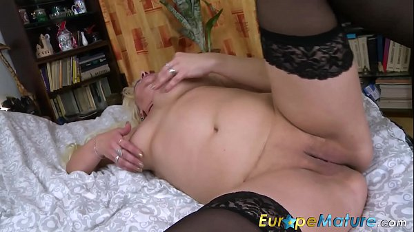 Mature solo, Mature busty